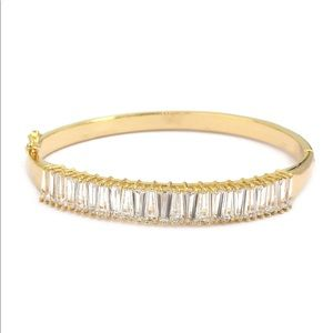 Noble gold crystal row bracelet